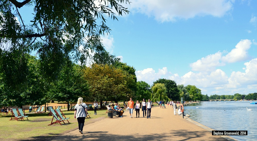 Serpentine Lake in Hyde Park, Londen | via It's Travel O'Clock
