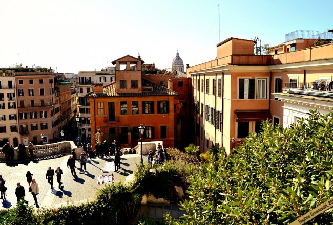 Roma vista, view from the Spanish Steps | via It's Travel O'Clock