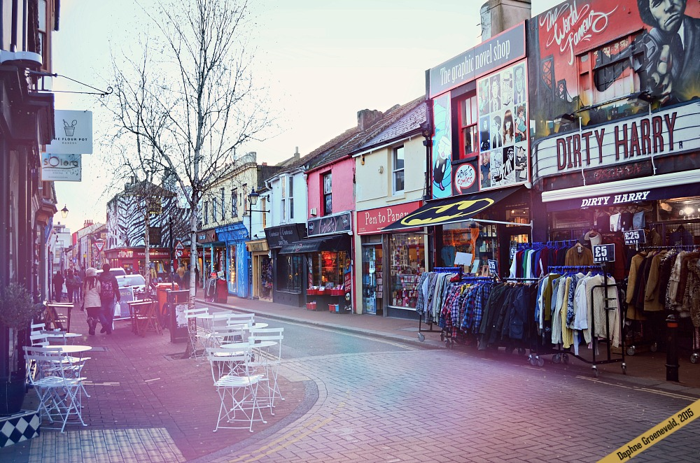 Shopping in Brighton | via It's Travel O'Clock