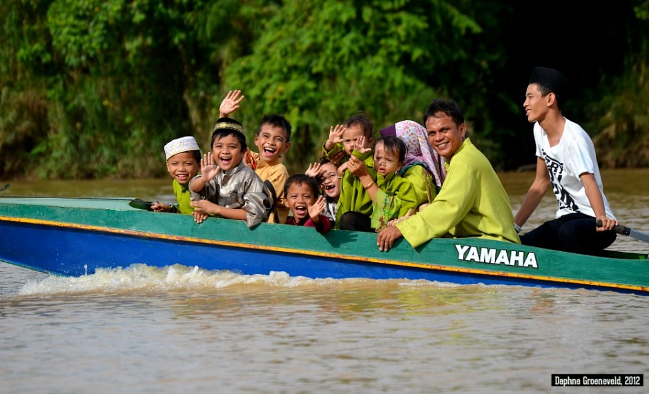 Cruising the Kinabatagan River in Malaysian Borneo | via It's Travel O'Clock