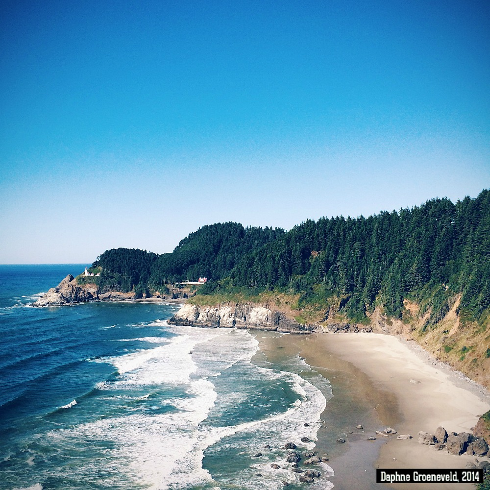 Defoe Bay, Oregon Coast | via It's Travel O'Clock