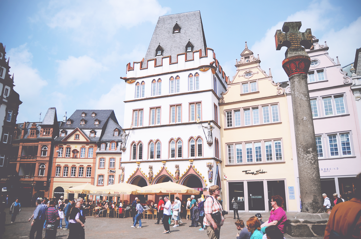 Vier de zomer in Trier, Duitsland | via It's Travel O'Clock